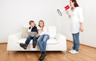 Mom-Screaming-At-Kids-Using-Megaphone